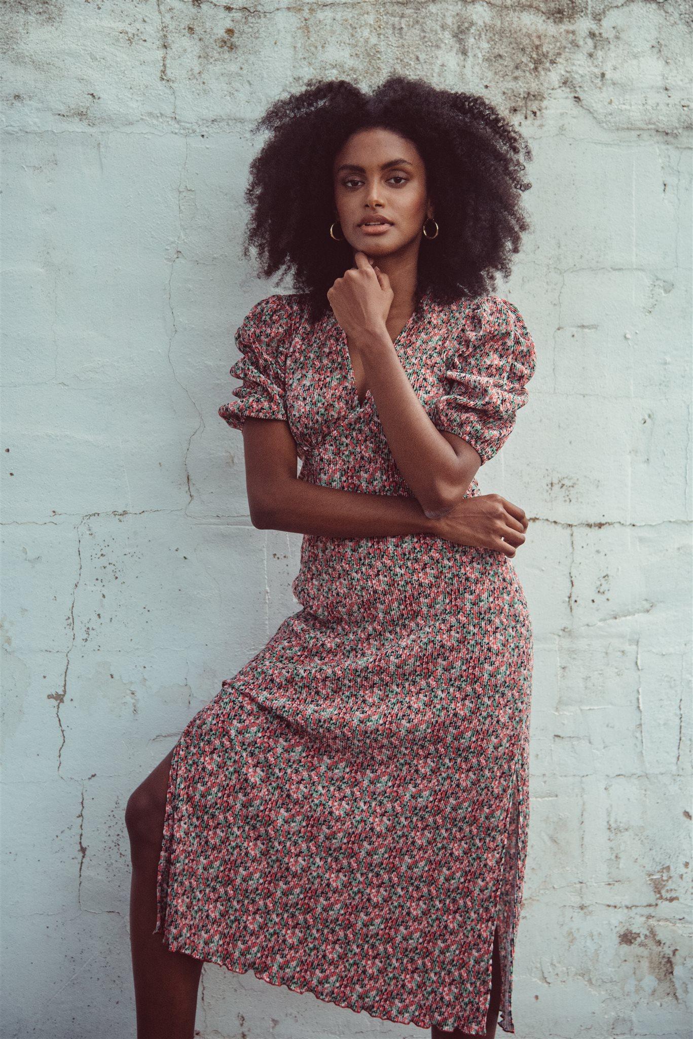 Midi dress short sleeve